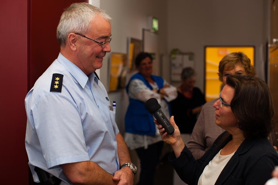 Im Interview: Polizeidirektor Peter Römers und Martina Schönhals, stellvertretende Geschäftsführerin Diakonie Köln und Region (v.l.)