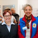 Schirmfrau Dr. Regina Börschel und Fotografin Erika Evers (v.l.)