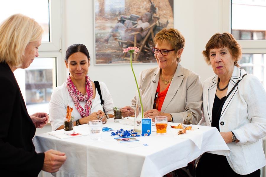 Feinschmeckerinnen: Karin Anders, Cosima Barletta, Angelika Küßner, Linda Coulson (v.l.)