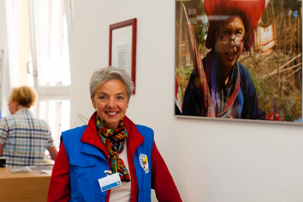 Fotografin Erika Evers und ehrenamtliche Mitarbeiterin der Bahnhofsmission Köln