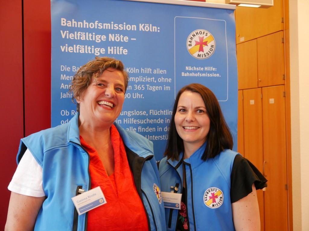 Corinna Rindle, Leiterin der Bahnhofsmission und Ann Christin Frauenkron, stellv. Leitung (v.l.)